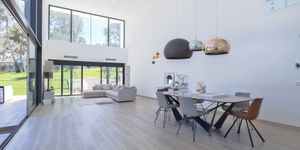 Modern villa with large garden plot for sale in Sol de Mallorca (Thumbnail 3)