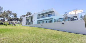 Moderne Villa mit großem Grundstück und Meerblick (Thumbnail 10)