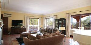 Großzügige Villa mit Meerblick in Son Vida (Thumbnail 3)