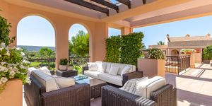 Renovated penthouse for sale in Nova Santa Ponsa (Thumbnail 1)