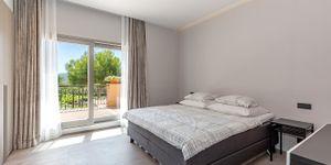 Renovated penthouse for sale in Nova Santa Ponsa (Thumbnail 10)
