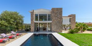 New and exclusive villa for sale in Es Capdella (Thumbnail 2)