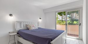 Apartment with sea view at Cala Vinyas beach (Thumbnail 7)
