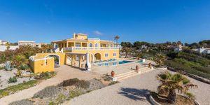 Villa in Cala Pi - Mediterranes Anwesen in direkt am Meer (Thumbnail 4)