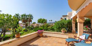 Mediterranean ground floor apartment in popular residence in Santa Ponsa (Thumbnail 2)