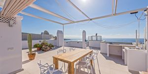 Penthouse in Palma - Renovierte Immobilie mit Meerblick (Thumbnail 1)