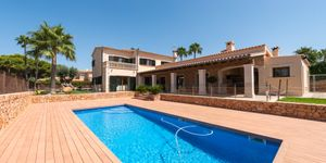 South facing villa for sale in Puig de Ros (Thumbnail 1)