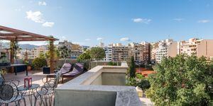 Penthouse in Palma - Schöne Immobilie mit Terrasse und Hafenblick (Thumbnail 2)