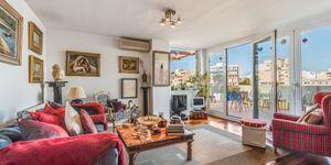 Penthouse in Palma - Schöne Immobilie mit Terrasse und Hafenblick (Thumbnail 3)