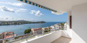 Renovated apartment with sea view in Santa Ponsa (Thumbnail 6)
