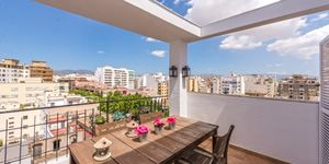 Penthouse in Palma - Geräumiges Apartment mit Terrasse (Thumbnail 1)