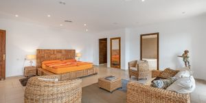 Finca in Calonge - Mediterranes Anwesen mit Infinity-Pool (Thumbnail 8)