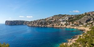 Sea view apartment in second sea line in Cala Llamp (Thumbnail 7)