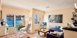 Sea view apartment in second sea line in Cala Llamp (Thumbnail 2)