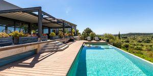 Villa in Selva - Fantastisches Anwesen mit Pool und Tennisplatz (Thumbnail 1)