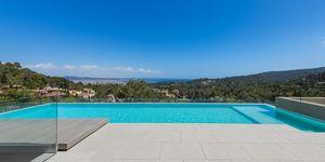 Luxury villa with exclusive sea views in Son Vida, Palma de Mallorca (Thumbnail 1)
