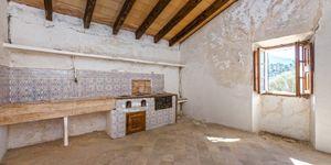 Finca in Escorca - Anwesen zum renovieren im Westen Mallorcas (Thumbnail 6)