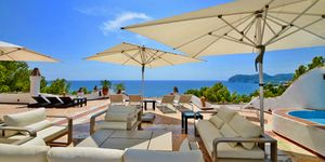 Amazing sea view penthouse for sale (Thumbnail 1)