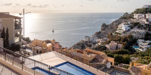 Exclusive mezzanine apartment with sea views in Port Andratx (Thumbnail 2)