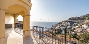 Exclusive mezzanine apartment with sea views in Port Andratx (Thumbnail 1)