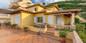 Sea view house for sale in Nova Santa Ponsa (Thumbnail 7)