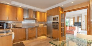 Sea view house for sale in Nova Santa Ponsa (Thumbnail 5)