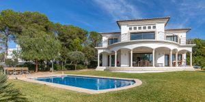 Mediterranean villa with sea views and close to the beach in Cala Vinyas (Thumbnail 1)
