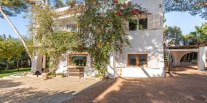 Mediterranean house with pool to modernize in Cala D´Or (Thumbnail 2)