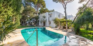 Mediterranean house with pool to modernize in Cala D´Or (Thumbnail 1)