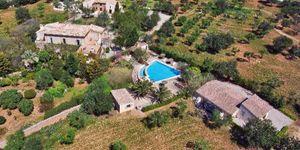 Finca in Santa Maria del Cami - Landsitz mit Pool auf Mallorca (Thumbnail 1)