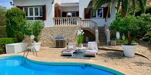 Renoviertes Haus mit Pool in Südlage (Thumbnail 1)