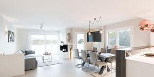 Modern penthouse with sea views in a central location in Santa Ponsa (Thumbnail 2)