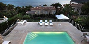 Modernisierte Villa in Südlage von Nova Santa Ponsa (Thumbnail 1)