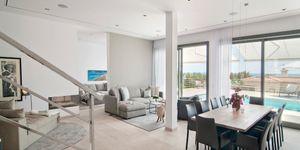 Modernisierte Villa in Südlage von Nova Santa Ponsa (Thumbnail 3)