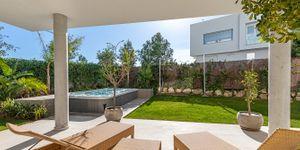 Villa in Santa Ponsa - Neugebautes Anwesen mit Pool und Meerblick (Thumbnail 9)