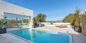 Villa in Santa Ponsa - Neugebautes Anwesen mit Pool und Meerblick (Thumbnail 2)