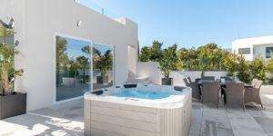 Villa in Santa Ponsa - Neugebautes Anwesen mit Pool und Meerblick (Thumbnail 7)