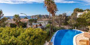 Vila ve středomořském stylu s výhledem na moře v Santa Ponsa, Mallorca (Thumbnail 1)
