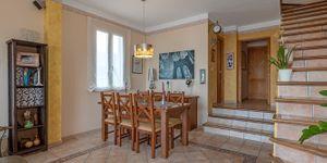 Villa mit traumhaftem Blick in die Bucht von Palma (Thumbnail 8)