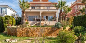 Villa mit traumhaftem Blick in die Bucht von Palma (Thumbnail 3)