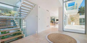 Moderne Neubau Villa ohne Möbel (Thumbnail 7)