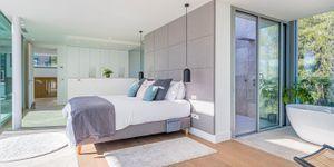 Moderne Neubau Villa ohne Möbel (Thumbnail 8)
