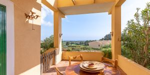Mediterranean terraced house on the golf course in Portocolom (Thumbnail 2)