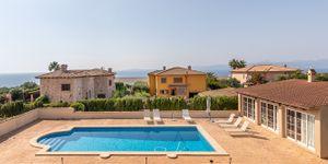 Meerblick Villa mit Poolhaus unweit zur Küste (Thumbnail 1)