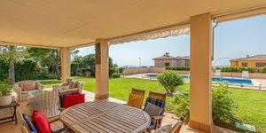 Meerblick Villa mit Poolhaus unweit zur Küste (Thumbnail 6)