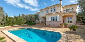 Charming villa with sea view to Palma Bay (Thumbnail 4)