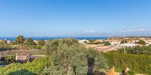Charming villa with sea view to Palma Bay (Thumbnail 5)