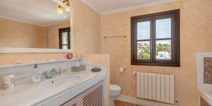 Großzügiges Duplex Penthouse mit Meerblick in Südlage (Thumbnail 8)