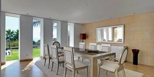 Moderne Luxus Villa in 2. Meereslinie (Thumbnail 7)