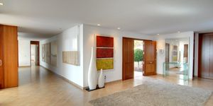 Moderne Luxus Villa in 2. Meereslinie (Thumbnail 8)